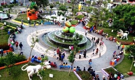 Indonesia Wonderfull: Makalah Kunjungan Malang